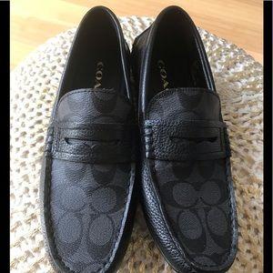 Brand new! Coach men's signature loafers sz 7.5